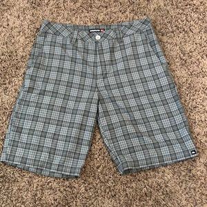 🏄🏼♂️Quiksilver Shorts Size 32🤙🏽